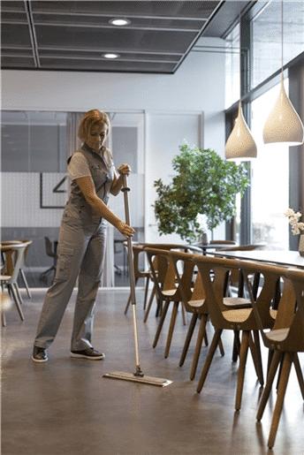Vikan DampDry mop za čišćenje restorana
