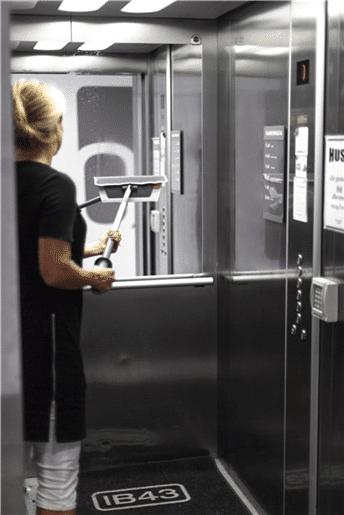 Mop za čišćenje ogledala